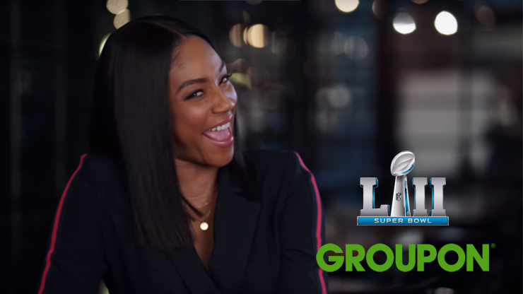 Actrice en Groupon-fan Tiffany Haddish in Super Bowl commercial